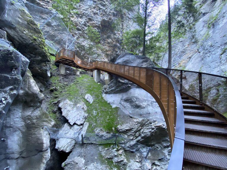 Montage Geländer und Treppen